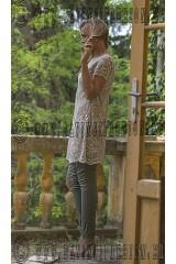 33-Noi-csipke-ruha-keki-nadrag-szandal-web-160x240